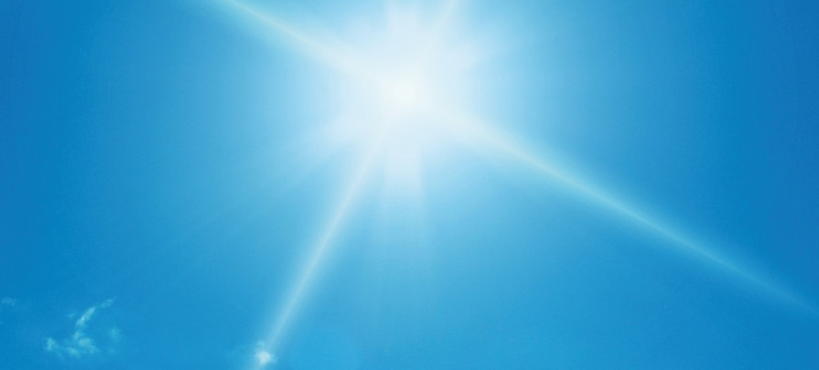 Soleil dans le ciel